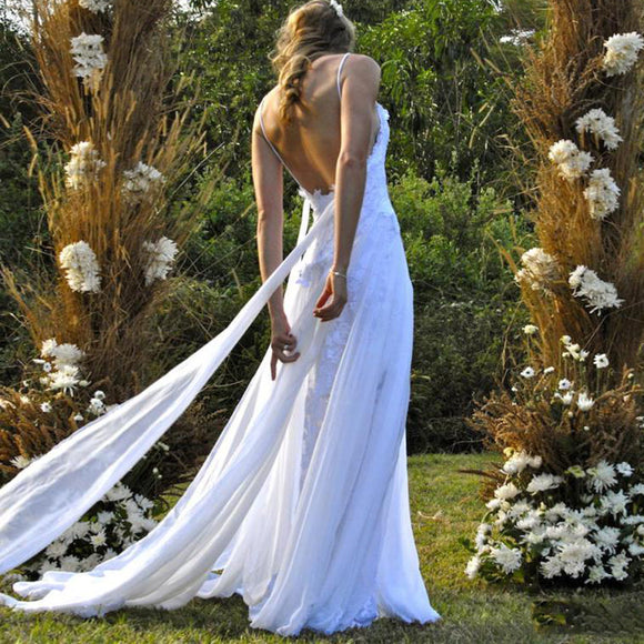 Romantic 2018  Lace Beach Wedding Dress Sexy Slit Summer Boho Bridal Gown Robe De Mariee with Straps WD512