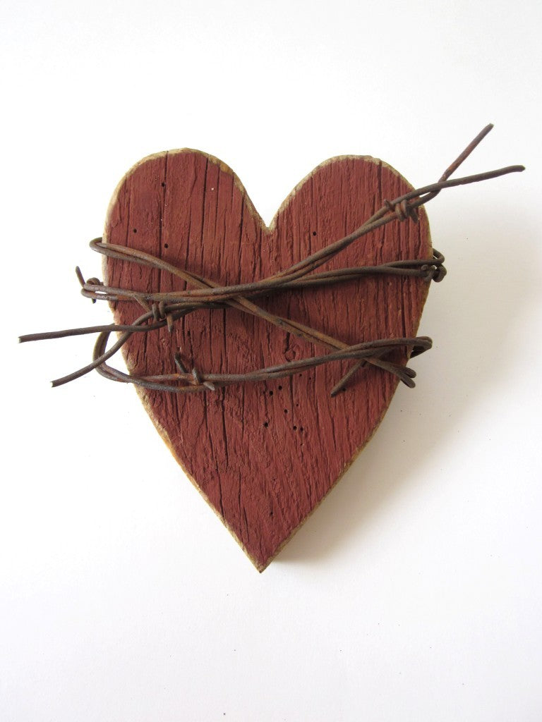 Rustic Heart Red Heart Wooden Heart Wall Decor Barbed Wire Art 5th Anniversary Gift Rustic Wedding Decor Rustic Home Decor
