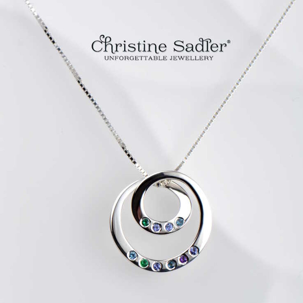 Birthstone pendant with children and grandchildren