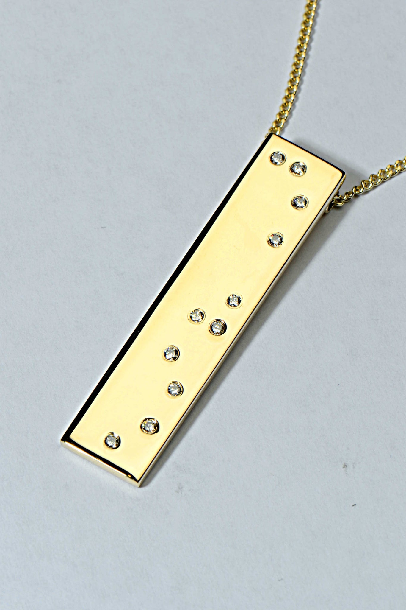 braille-pendant