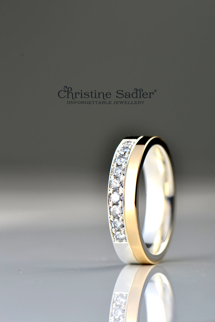 diamond-set-ring-silver-gold