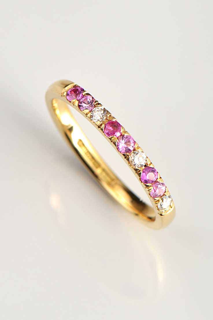 yellow-gold-wedding-ring-pink-sapphires-diamonds