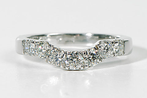 shaped-diamond-wedding-ring