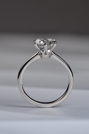 2 carat round brilliant cut platinum solitaire ring - Unforgettable Jewellery