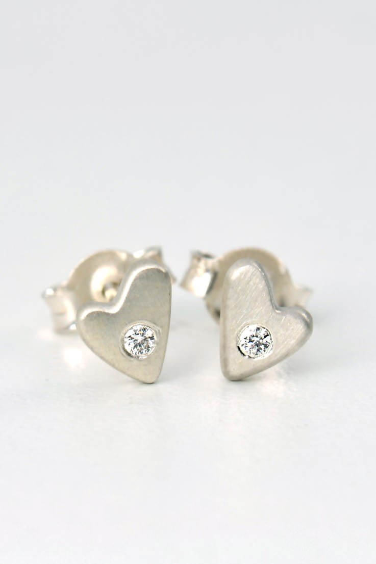 From the heart diamond earrings small - Unforgettable Jewellery