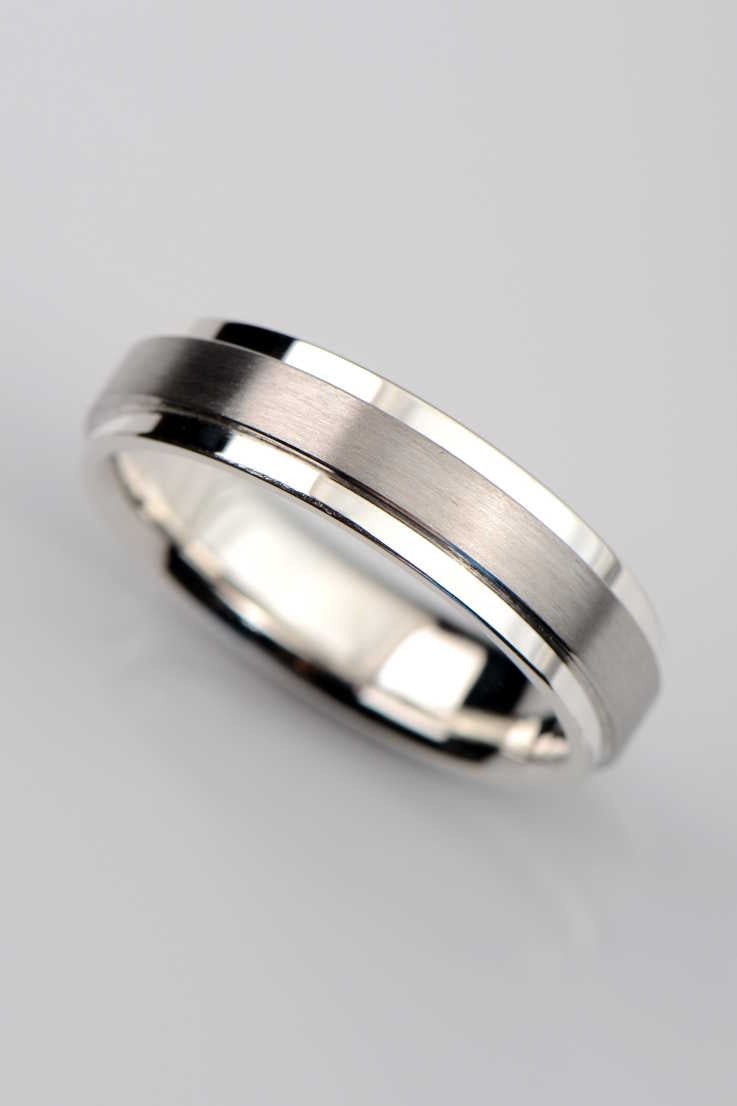 6mm polished silver and matt platinum ring - Unforgettable Jewellery