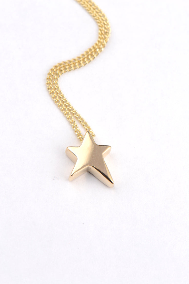 Falling Star yellow gold pendant - Unforgettable Jewellery