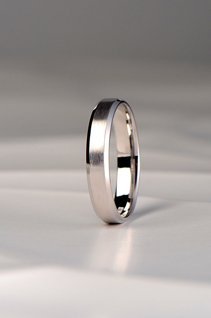 4mm chamfered edge wedding ring