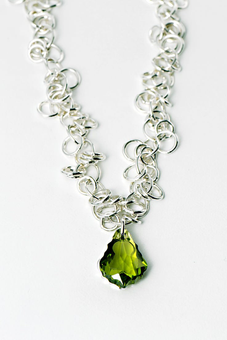 Watch me necklace green