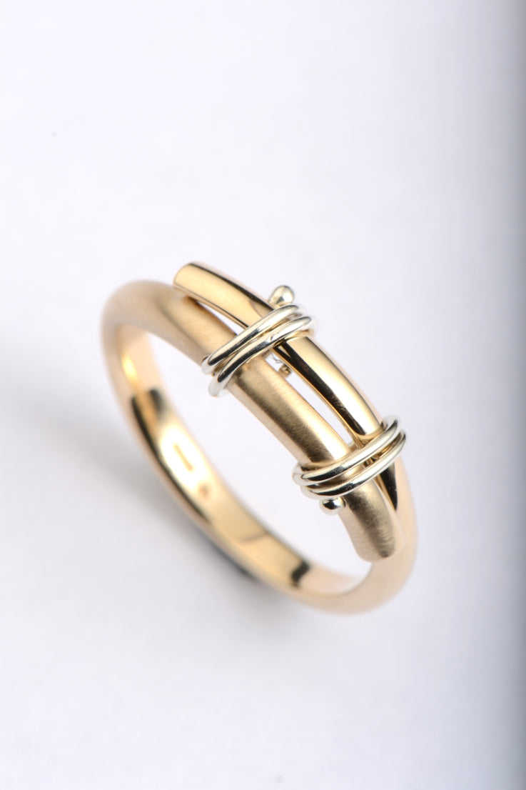 Stay Together 9ct gold ring double