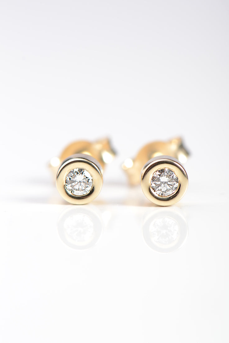 Cairn yellow gold and diamond studs - Unforgettable Jewellery