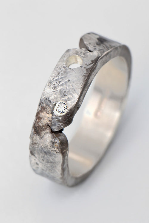 Hero diamond ring narrow