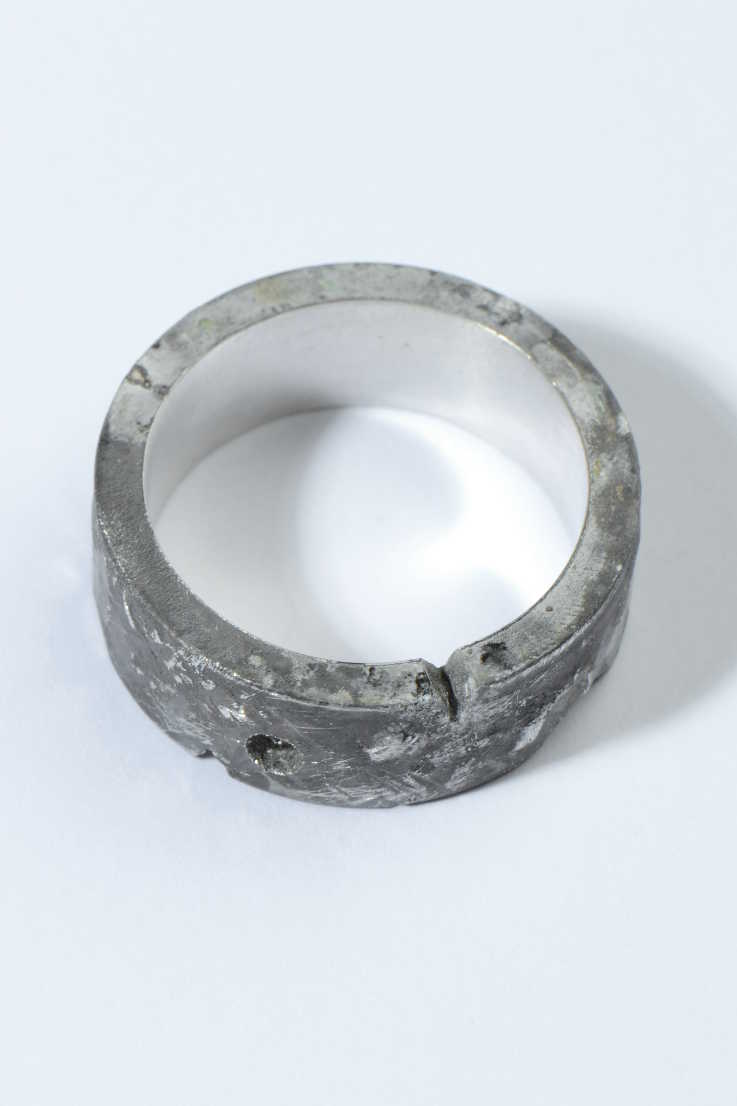 Hero ring wide no diamond - Unforgettable Jewellery