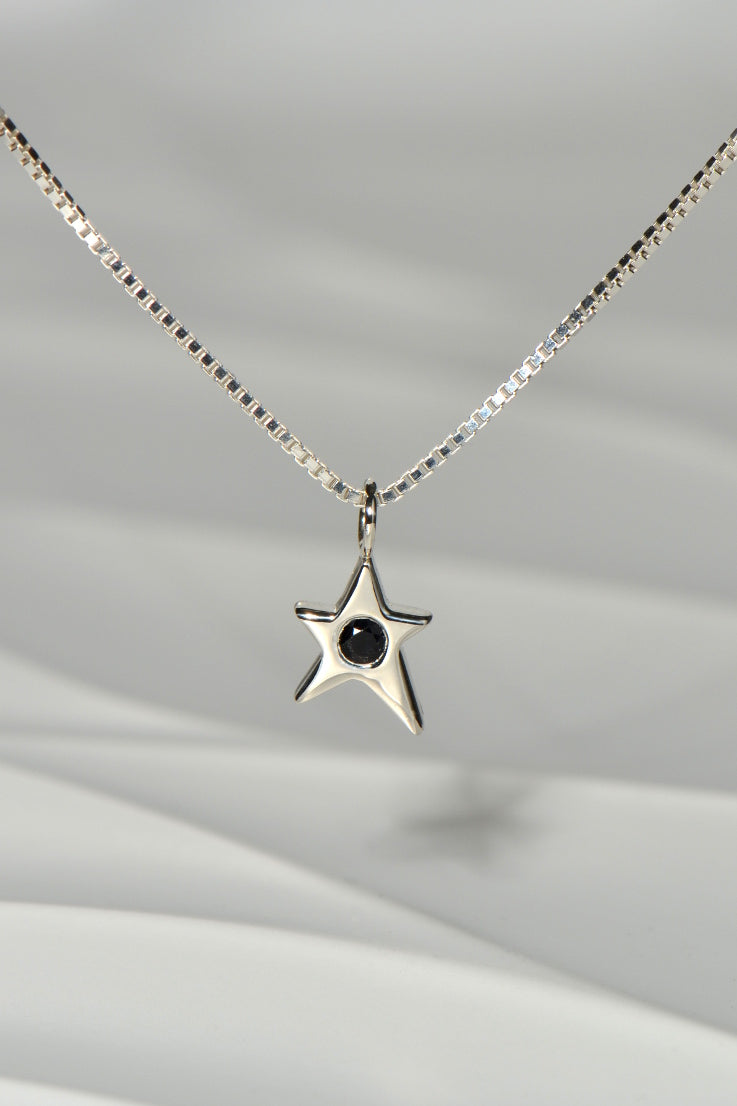 Falling Star necklace with black sapphire