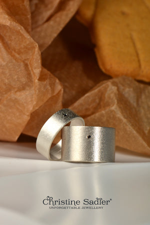 Gingerbread baby ring - Unforgettable Jewellery