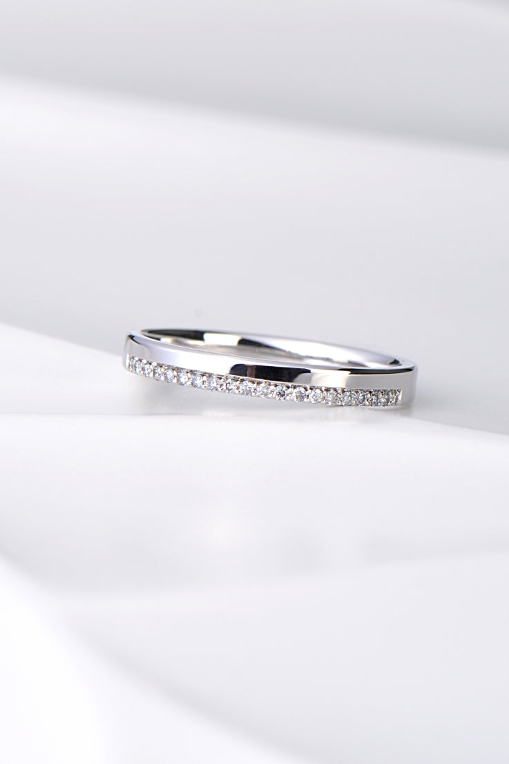 Edge set diamond wedding ring