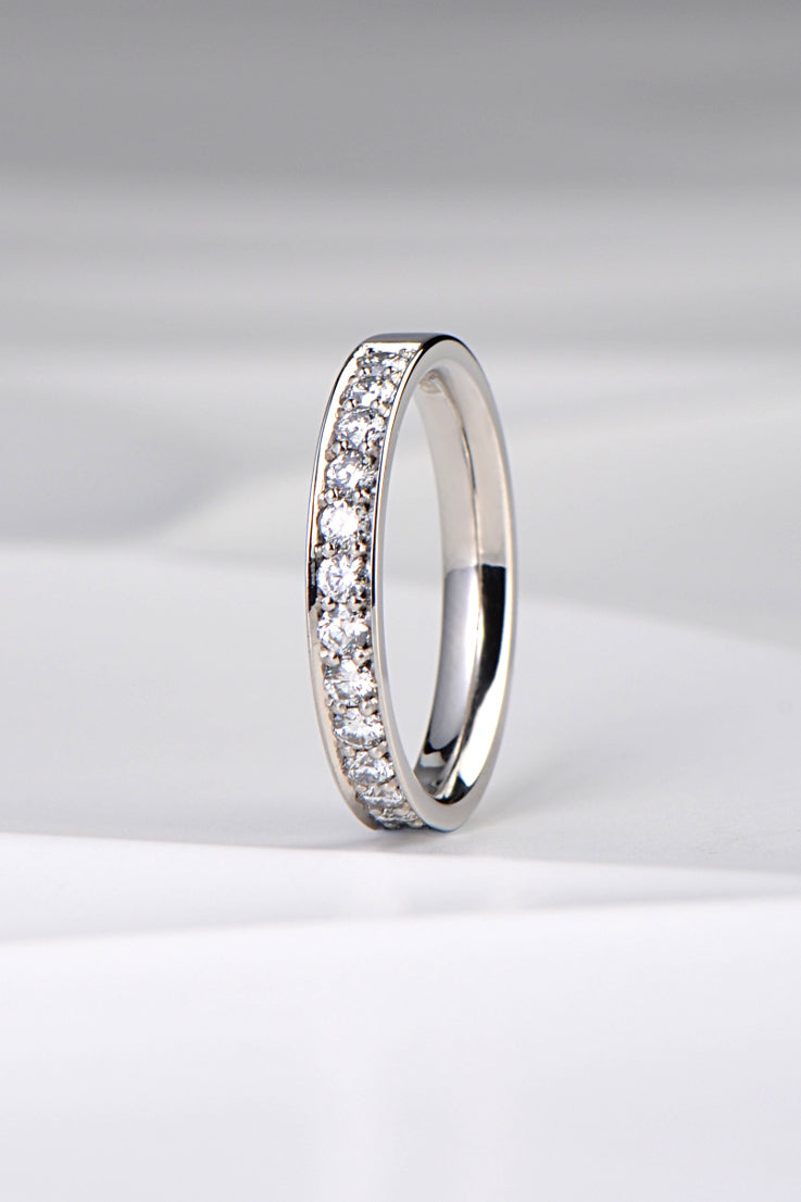 Platinum 3mm ring set with diamonds