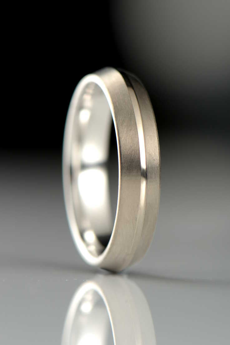 Contemporary wedding ring design in a rooftop profile - Unforgettable Jewellery