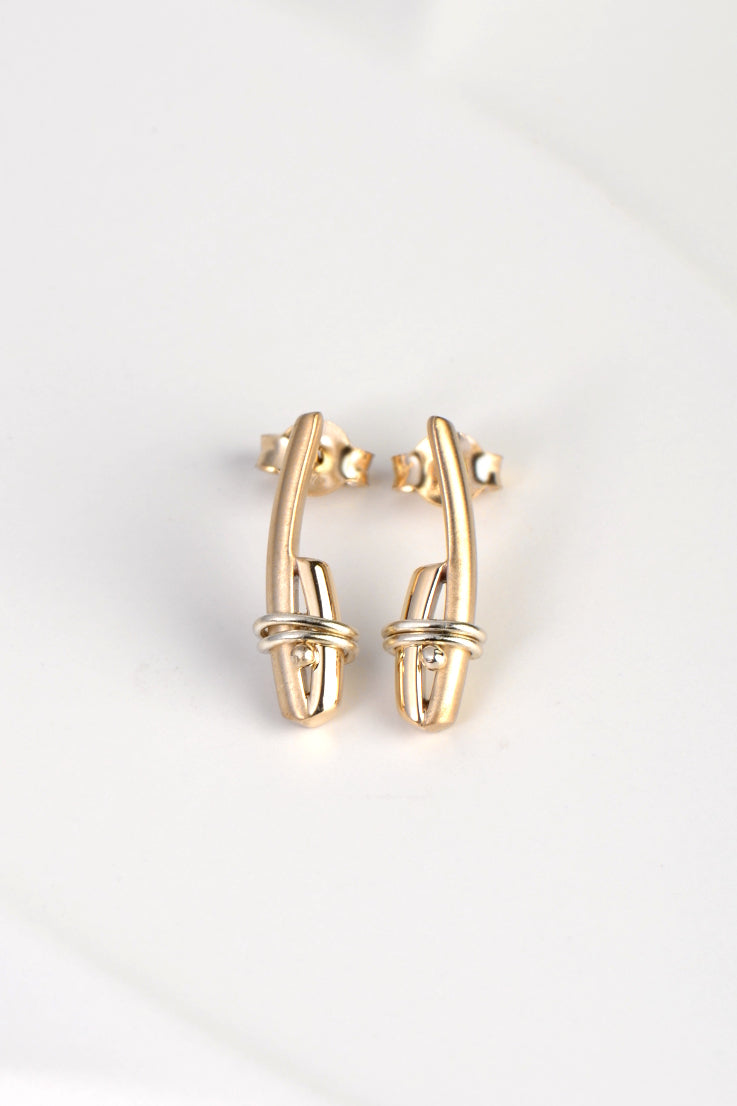 contemporary gold earrings matt and polished by uk jewellery designer Christine Sadler