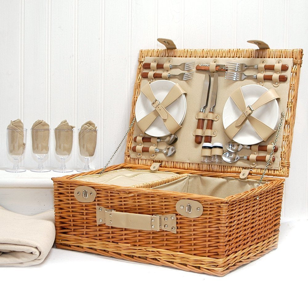 gifts for her - 4 person picnic basket