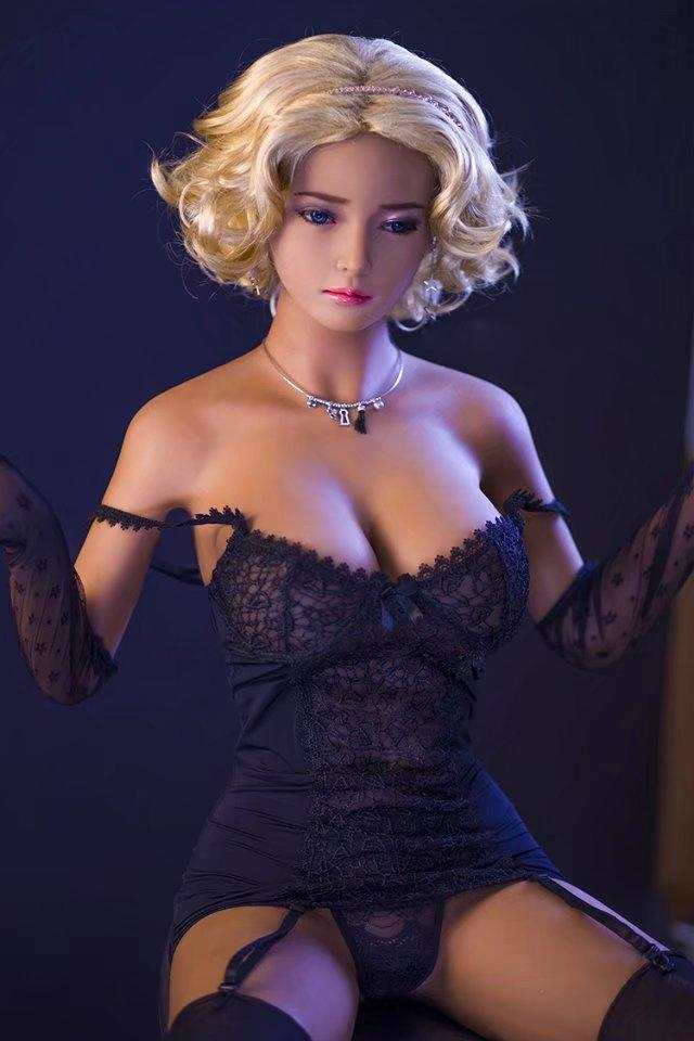 Ruth: Luxury Sex Doll - Men Guide Store