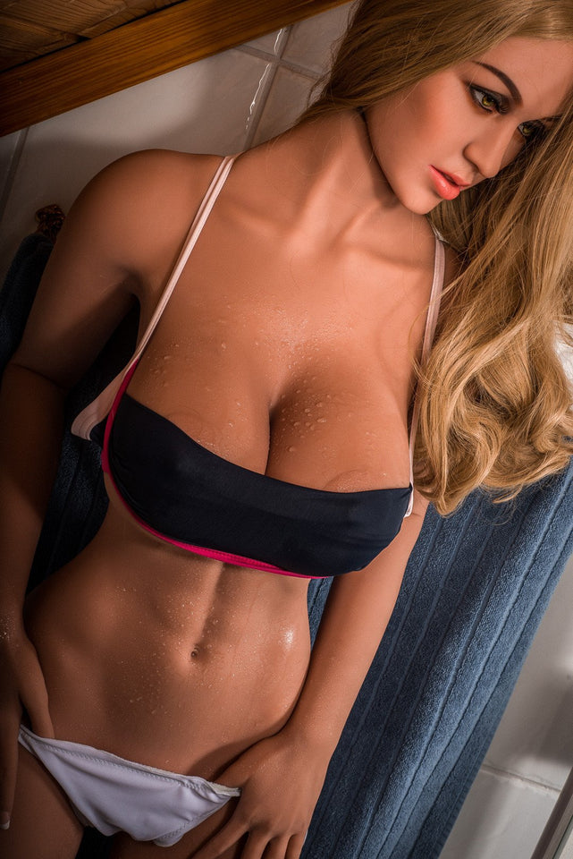 Marisa: TPE Sex Doll with an athletic build 170 cm - Men Guide Store