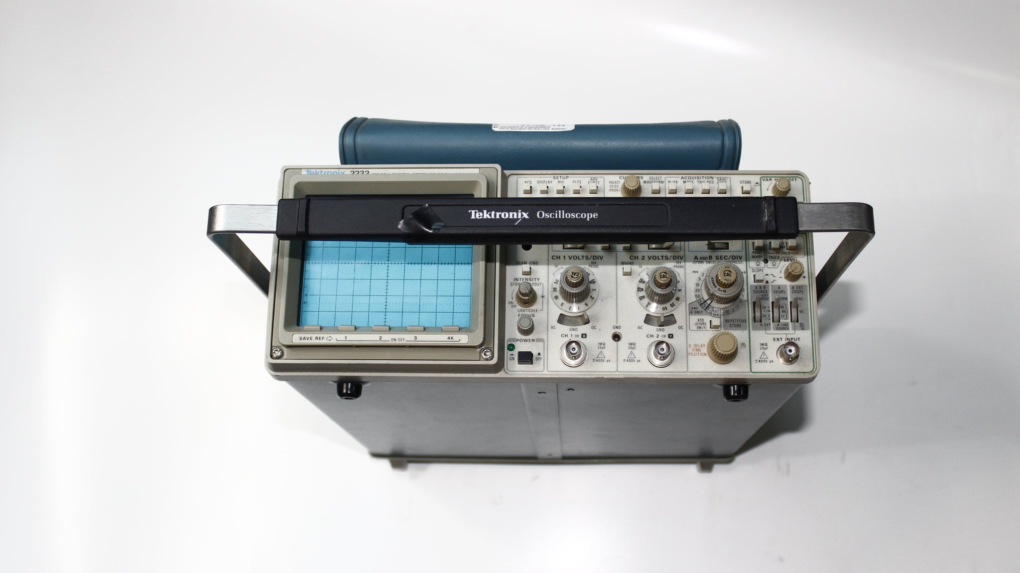 OSCILOSCOPIO DIGITAL/ANALÓGICO TEKTRONIX 2232