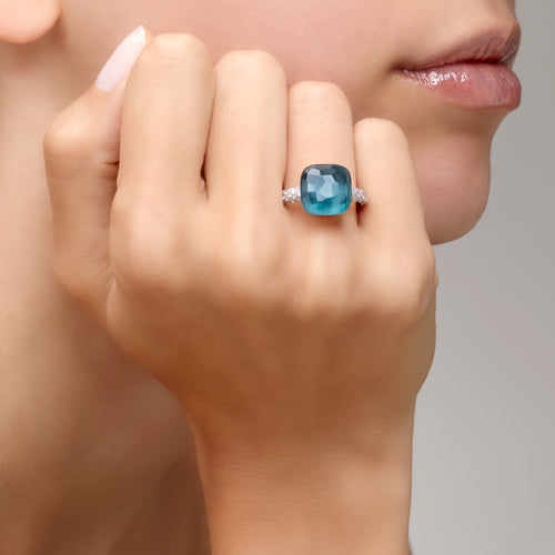 RING NUDO MAXI IN GOLD WITH LONDON BLUE TOPAZ AND DIAMONDS