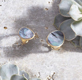 RING IN GOLD WITH MOTHER OF PEARL
