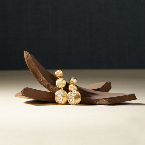 EARRINGS AFRICA IN GOLD AND DIAMONDS