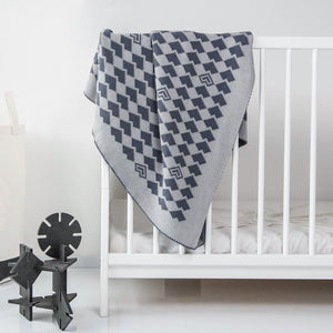 Large heart knitted cotton blanket for children