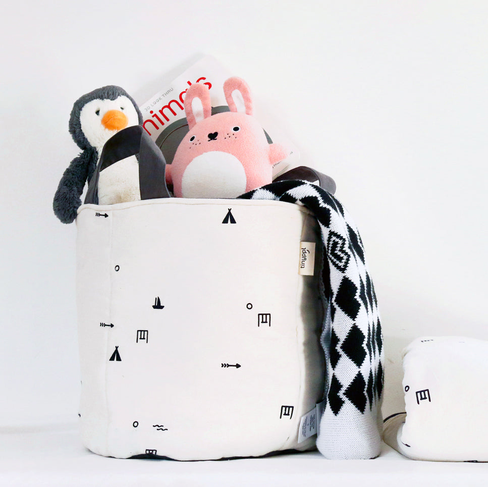 Monochrome cotton storage bag
