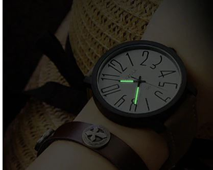 luminuous wristwatch