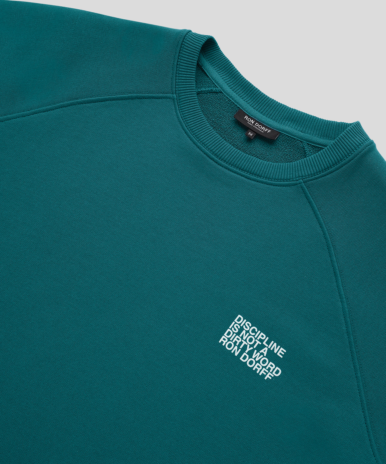 Sweatshirt DISCIPLINE Small Print - green light