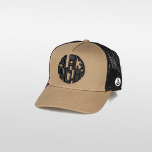 Gorra trucker mostaza y negro My Black Anchor Black Anchor perfil izquierdo