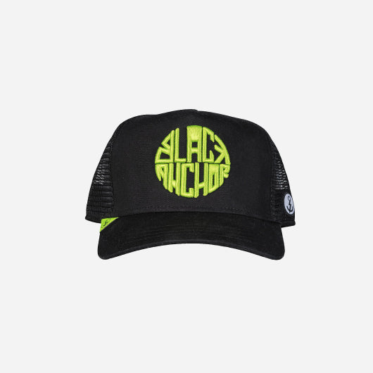 Gorra trucker negra neón 357 Black Anchor Black Anchor frontal