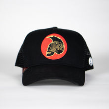 Gorra trucker negra My Black Anchor Calavera frontal