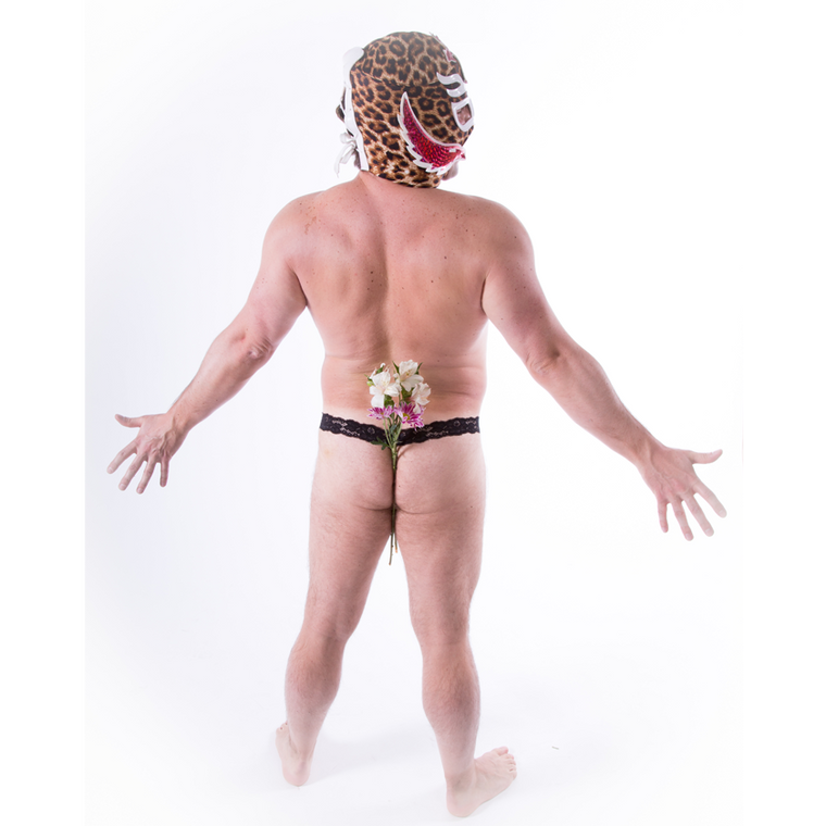 Luchador - Golden Thunderpants - Displaying flowers