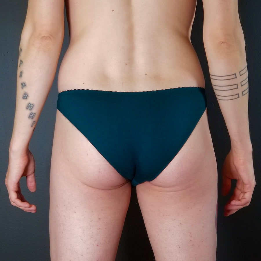 Elliott Briefs