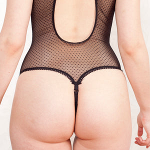 thong back easy access closure