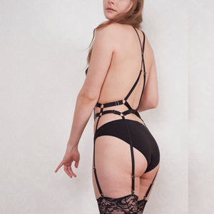 Strappy body harness garter belt
