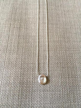 Load image into Gallery viewer, Freshwater Pearl Pendant Necklace