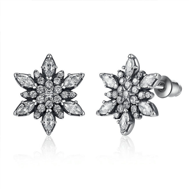 Delicate Crystallised Snowflake Stud Earrings pandora