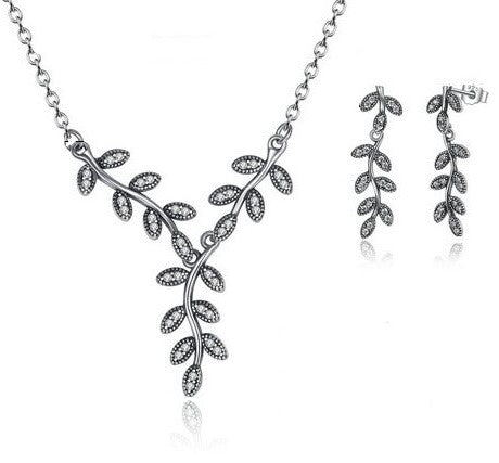 Dazzling Shimmering Leaves Necklace & Earrings Gift Set