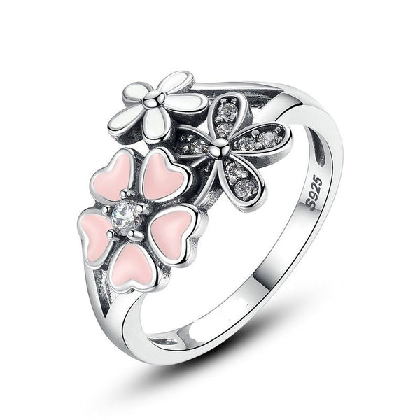 poetic blooms ring daisy pandora style
