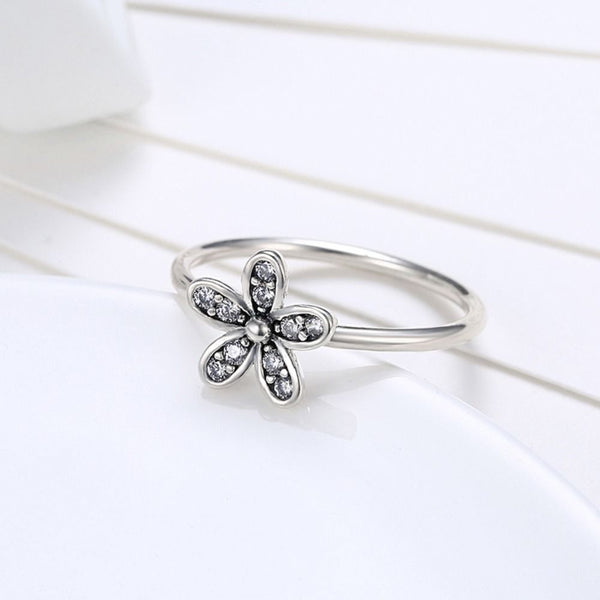 Silver Sterling Luxury Sparkling Delicate Dazzling Daisy Stone Ring