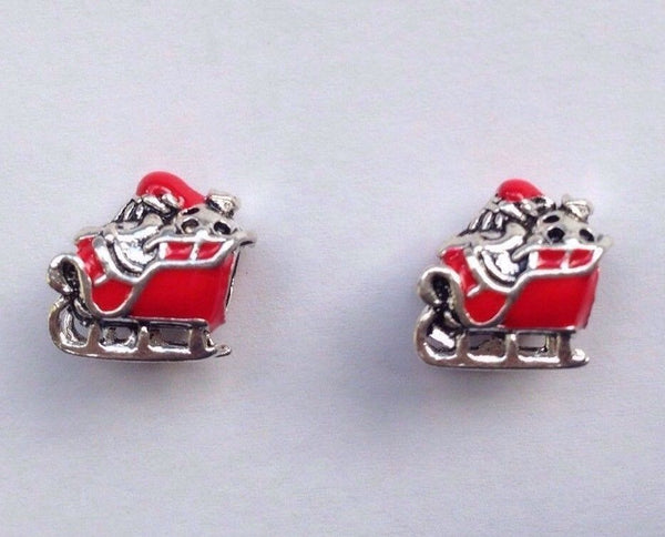 Red Sleighing Santa Claus father Merry Christmas xmas Charm