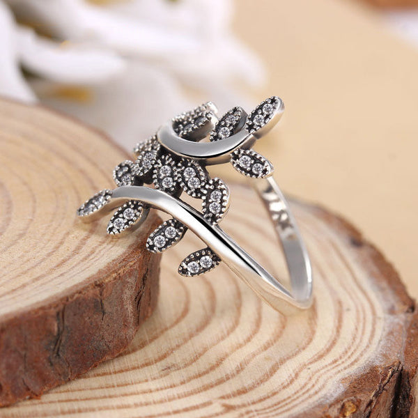 Luxury Sparkling Shimmering Leaves crystal Stone Ring pandora style