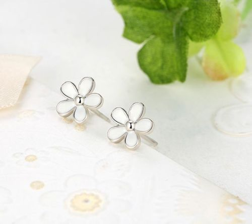 pandora style Silver Sterling Darling Daisy White Enamel Floral Earrings