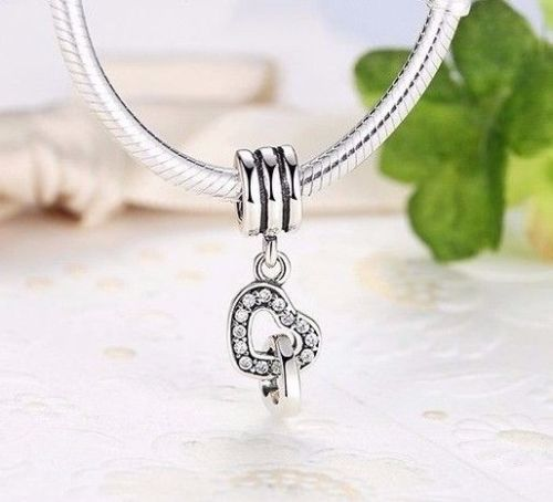 Interlocking Twin Entwined Heart Pendant Charm fits pandora bracelets